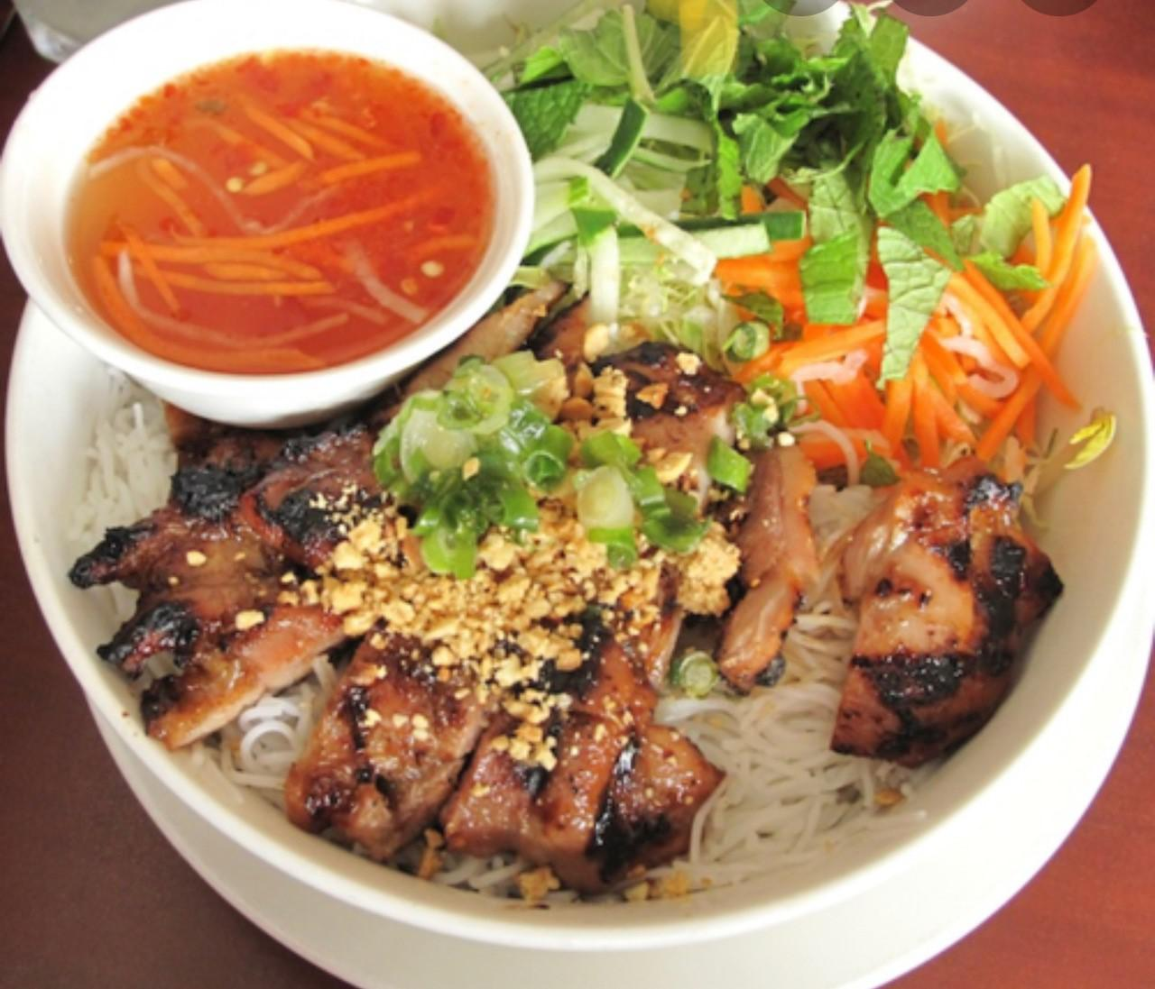 chill noodle grill pork.jpg