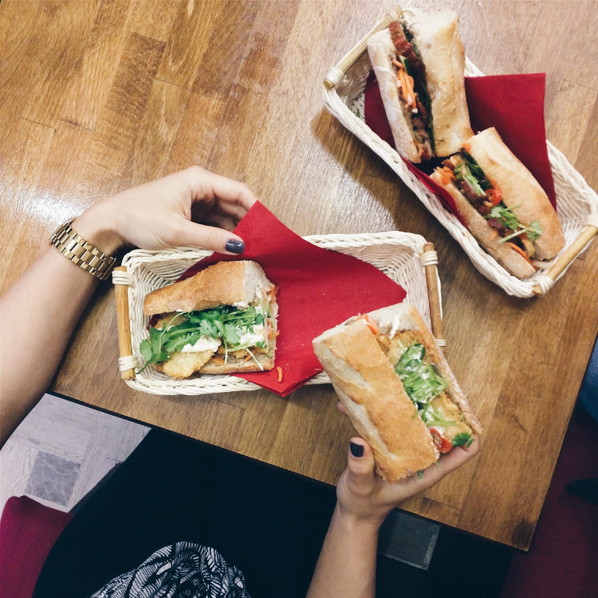 foodiesfeed.com_vietnamese-banh-mi.jpg