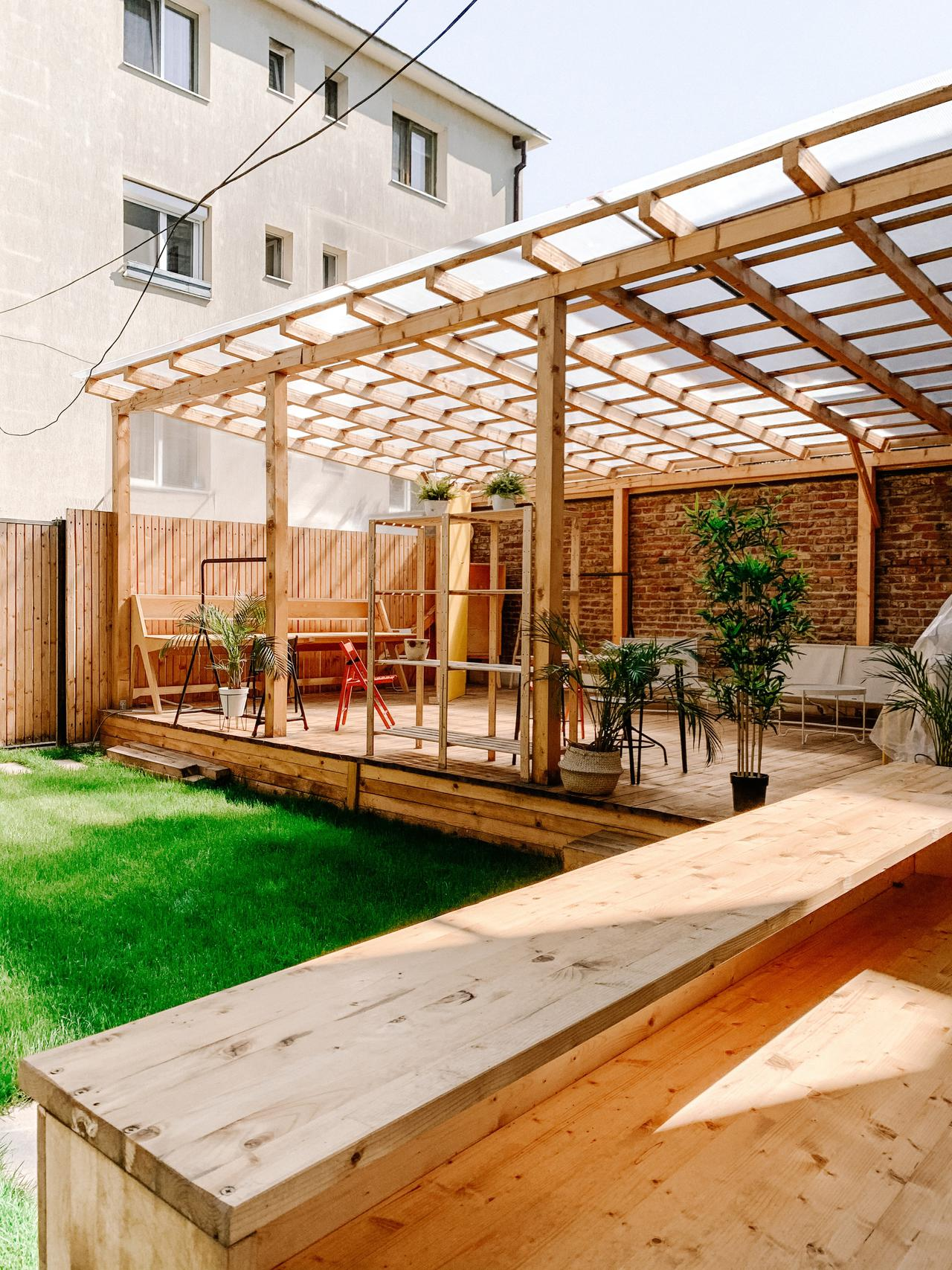 Work with Property Pros for great decks in Kansas City.