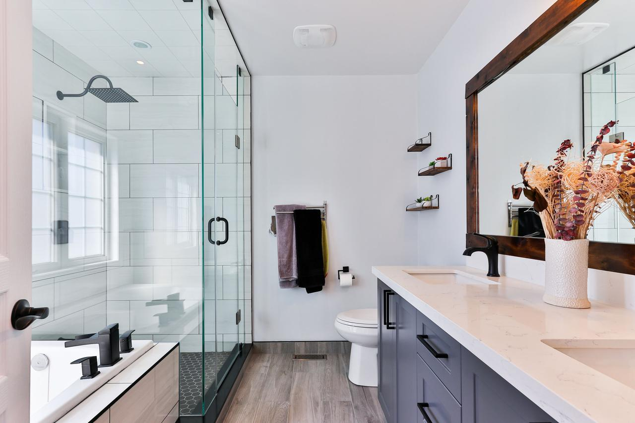 Photo of remodeled bathroom in Kansas City.