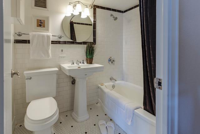Toilet Repair and Replacement