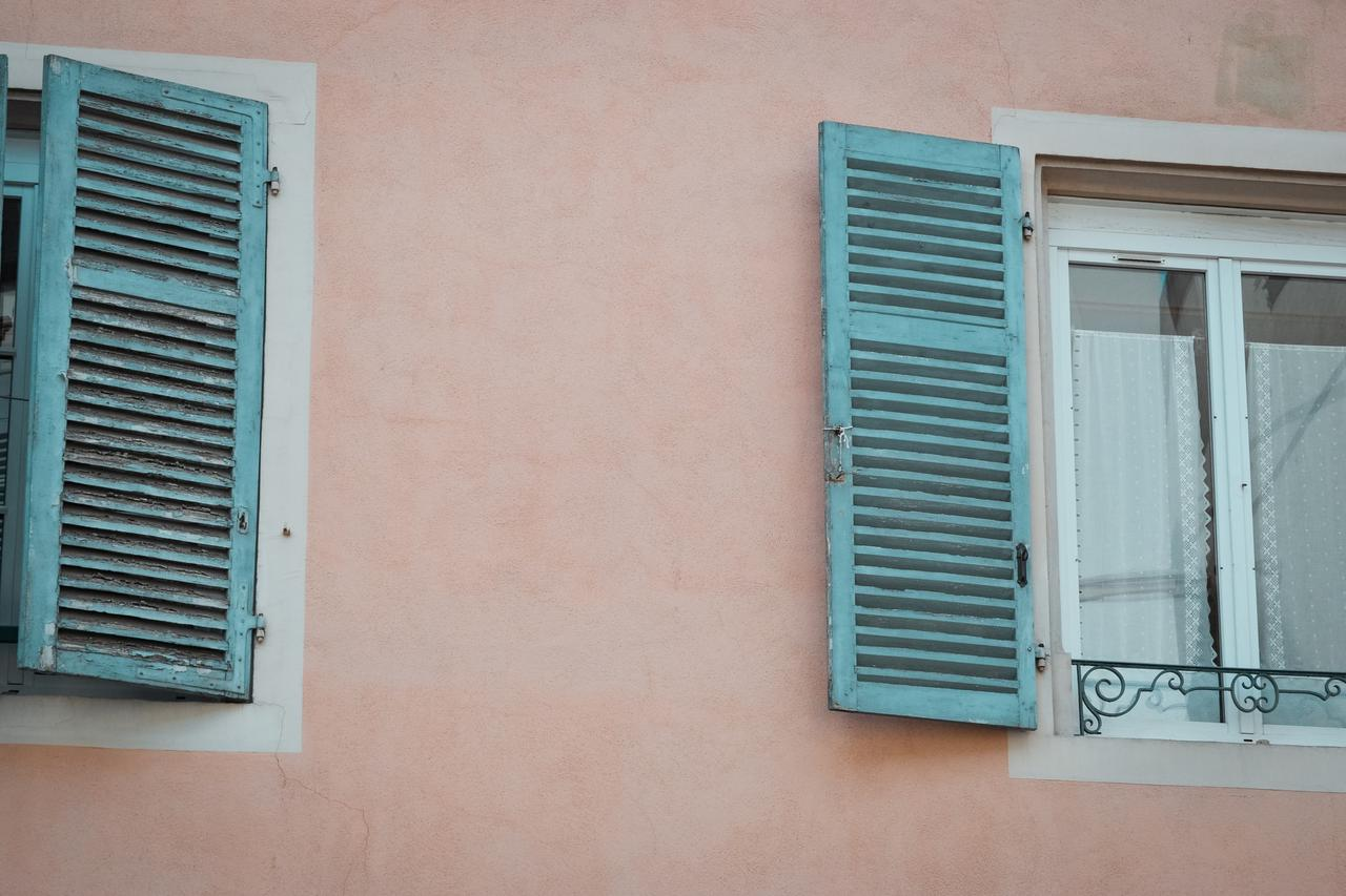 Why your Florida home needs a stucco sealer coat