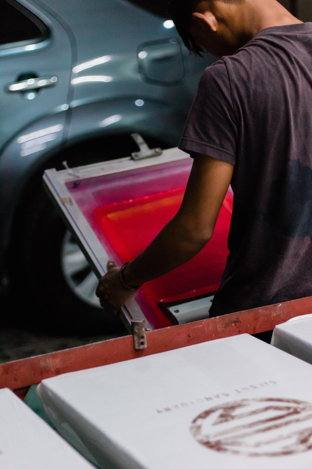 screen printing process using hot pink ink