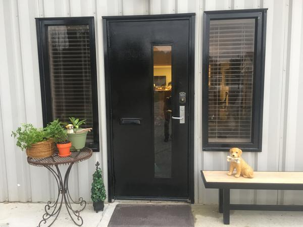 website-review-images/Talk to the Paw Front Entrance Number 2.jpg