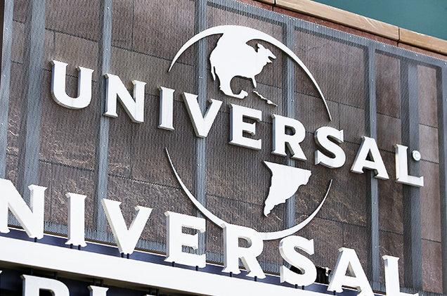 universal-musig-group-sign-building-billboard-650.jpg