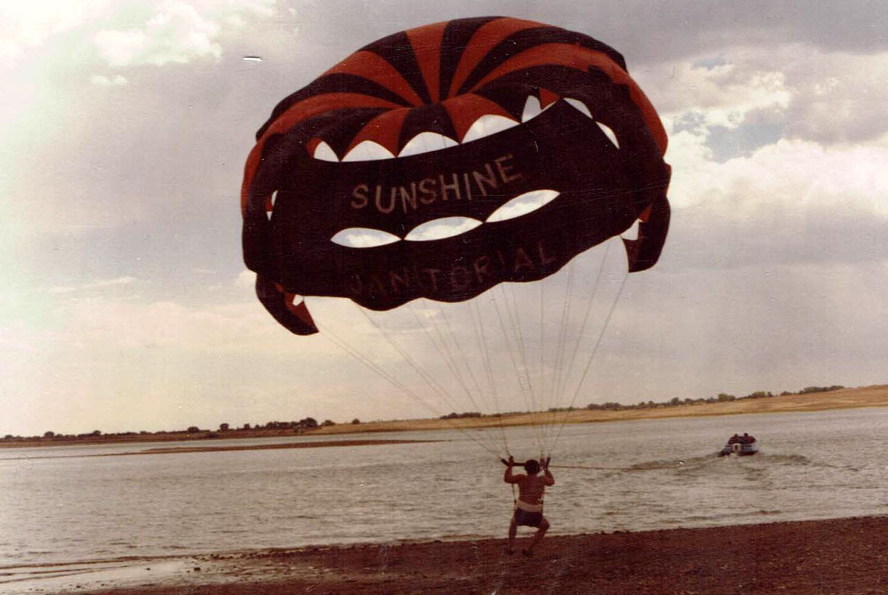sunshine-parasail.jpg