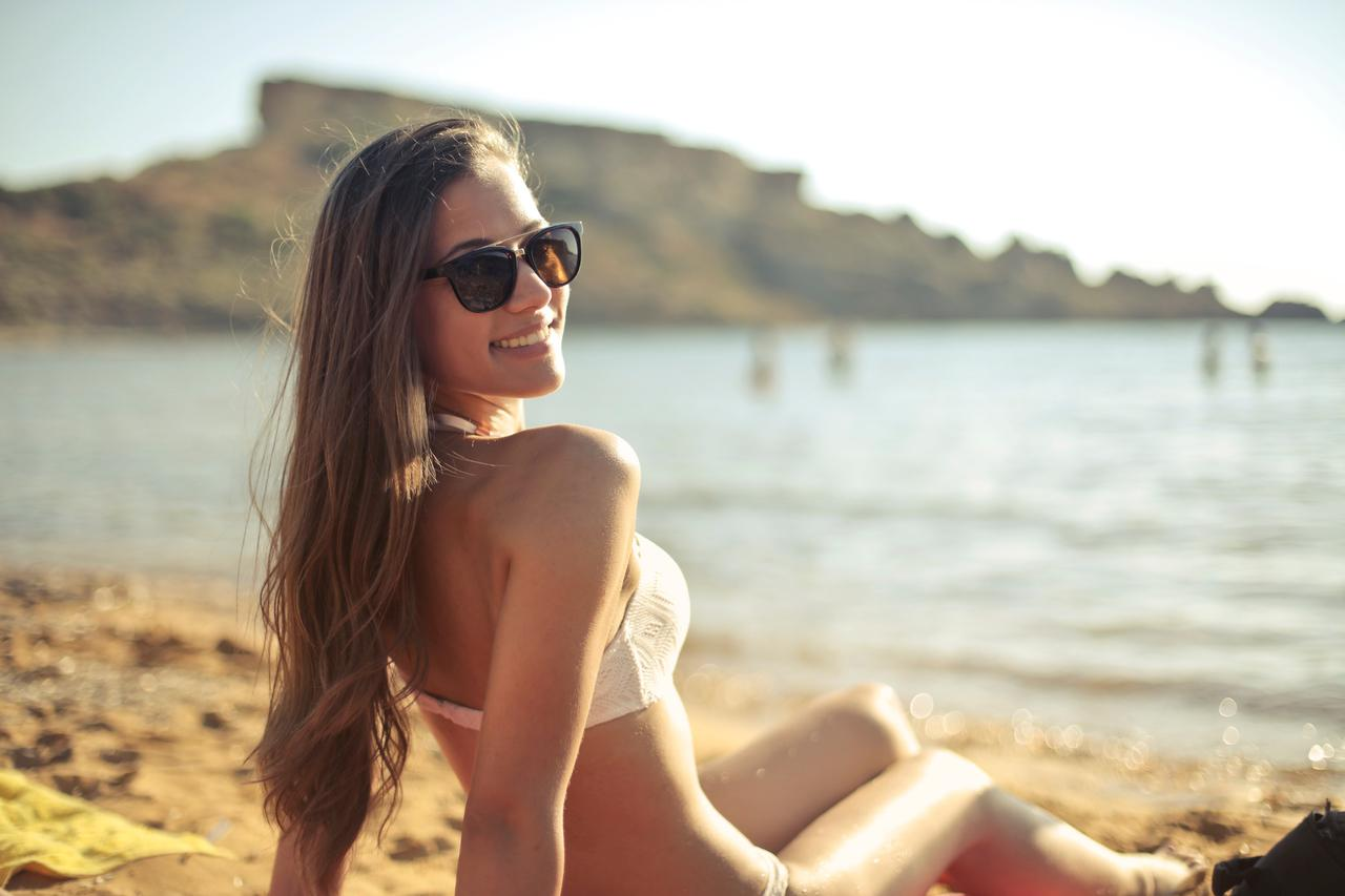 attractive-beach-beautiful-745125.jpg