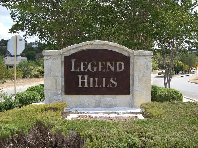 monuments-legend-hills.jpg