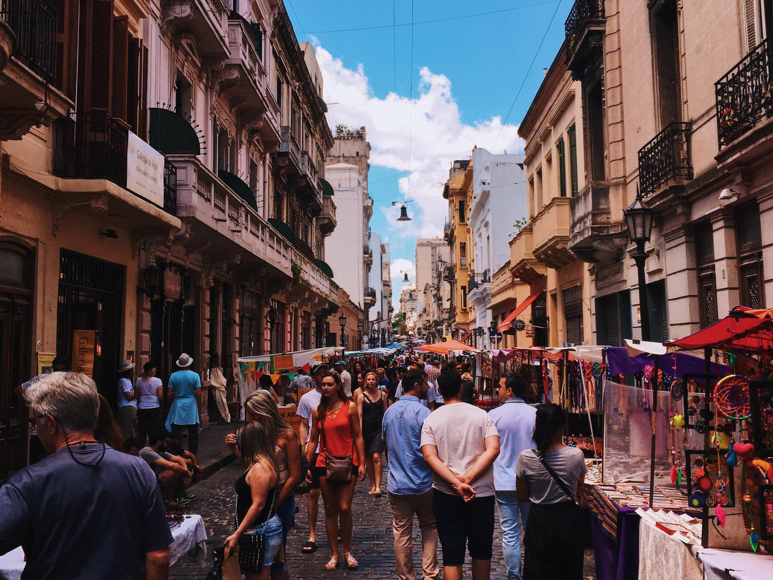 argentina-bazaar-buenos-aires-1060803.jpg
