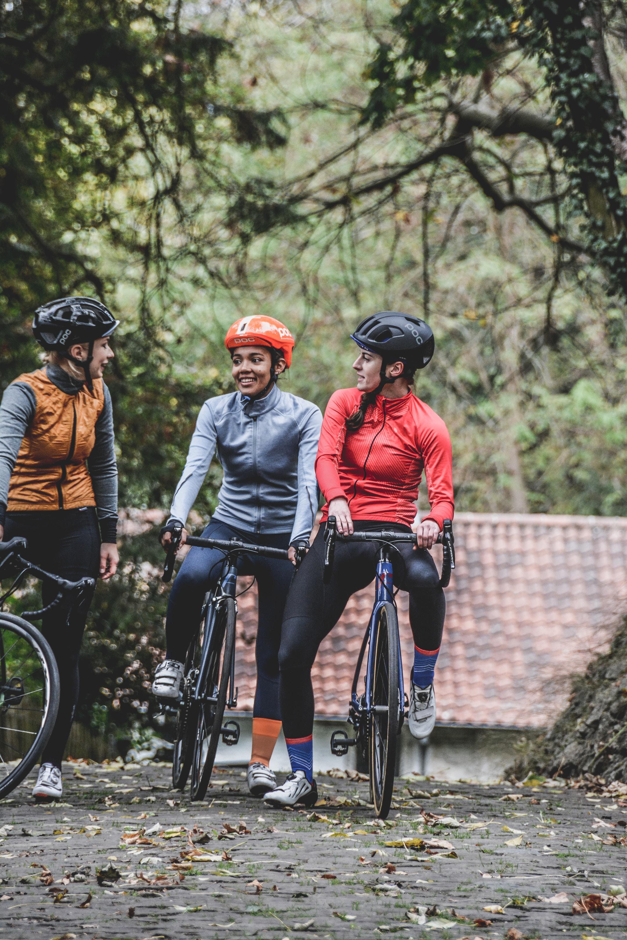 Girls on Fons bikes