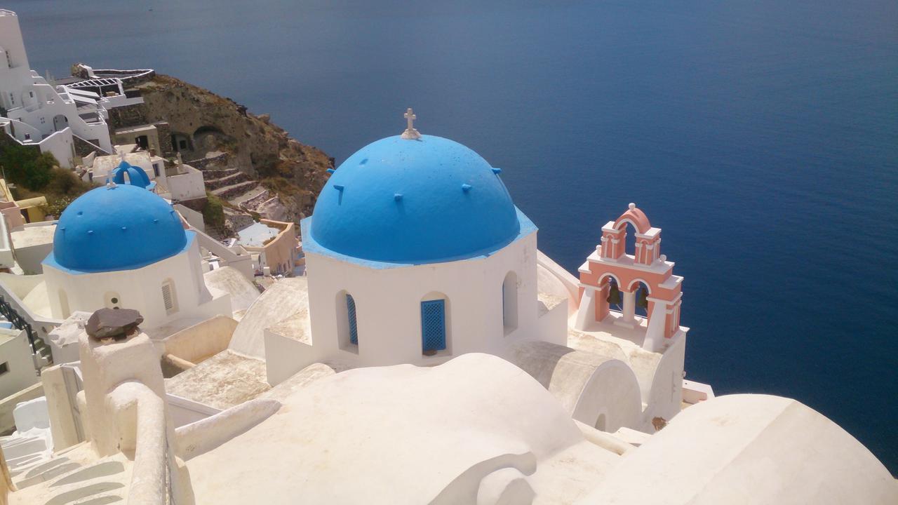 Cruise the Greek Islands