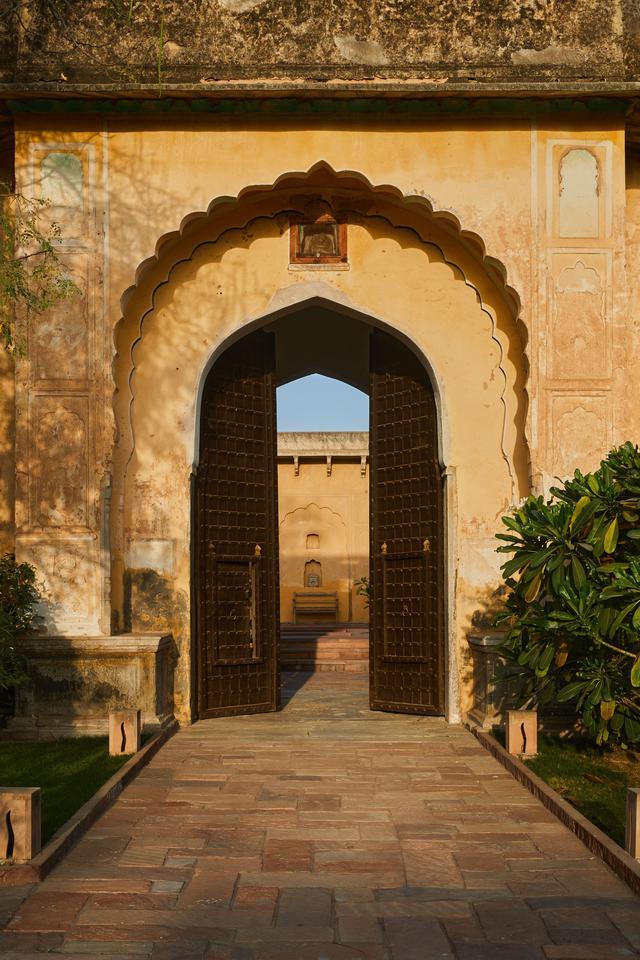 rajasthan-deeppura-garh-fort-architecture-photos-1-1.jpg