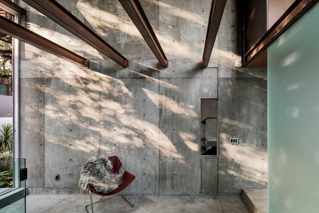 modern-architecture-residential-concrete-california-lifestyle-shubindonaldson-skyline-1.jpg