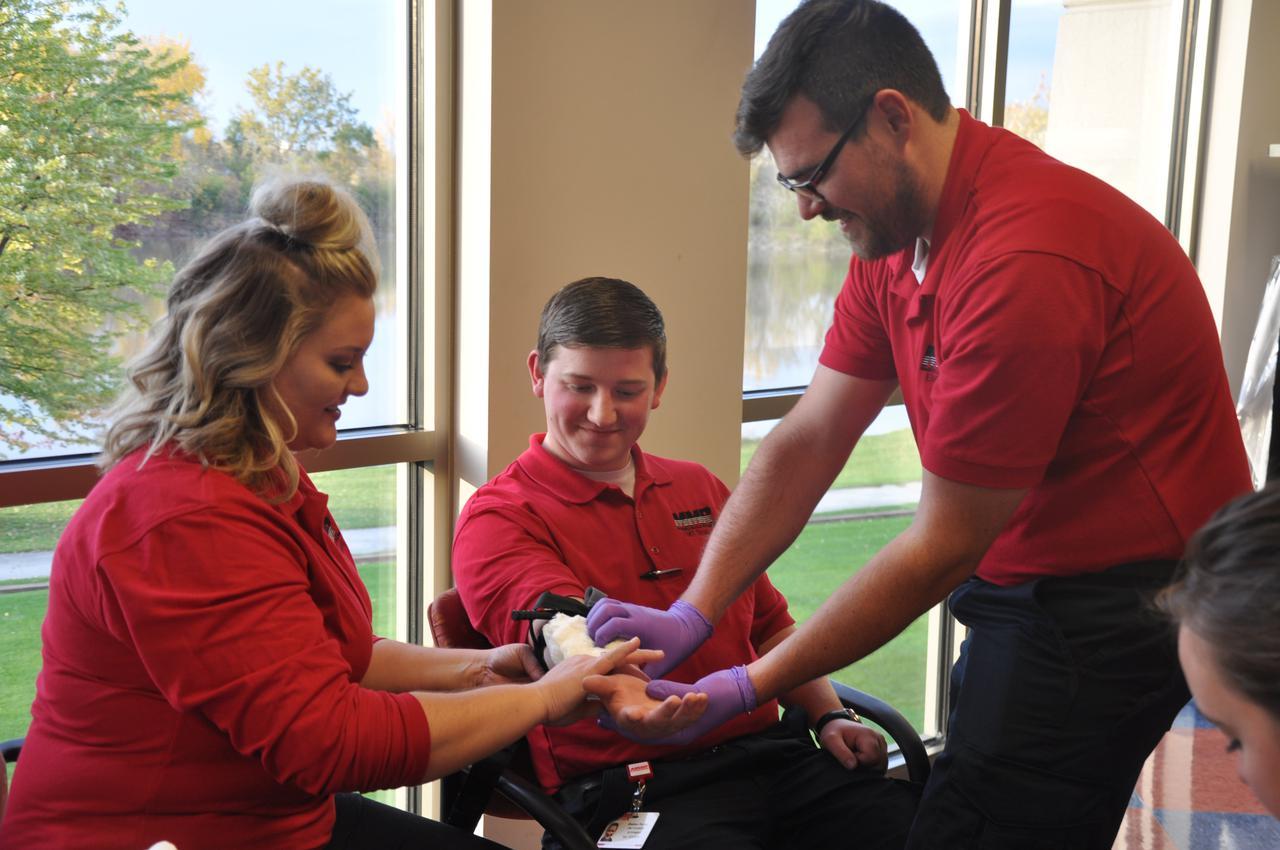 EMT Training Course Michigan Control Bleeding.JPG