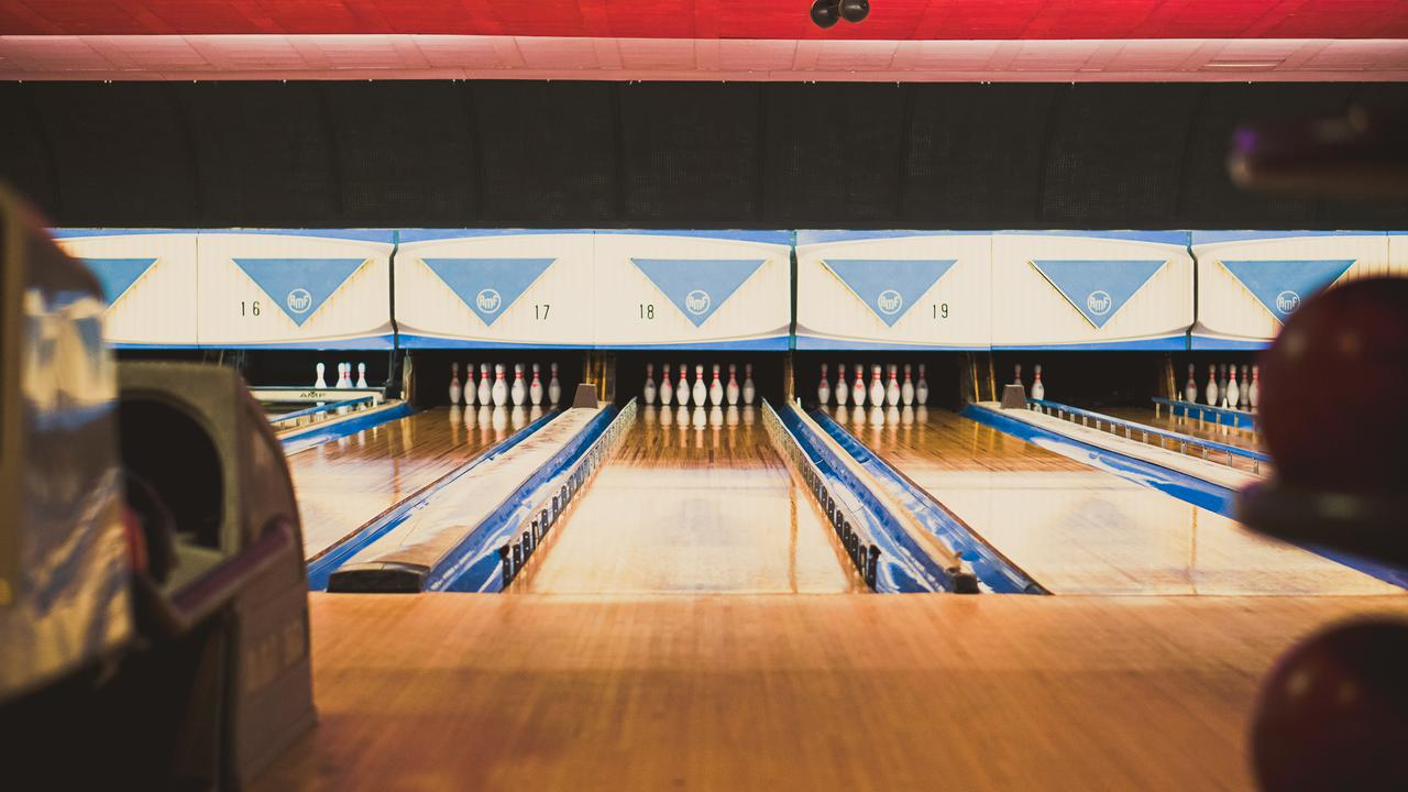 midway bowl - bowling alley