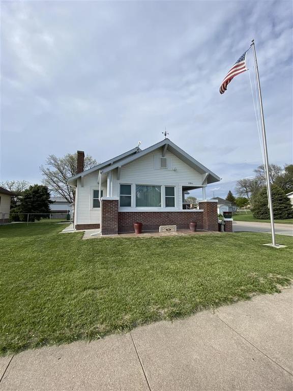 206 W. Sapp Rd. Wilcox, NE 68982