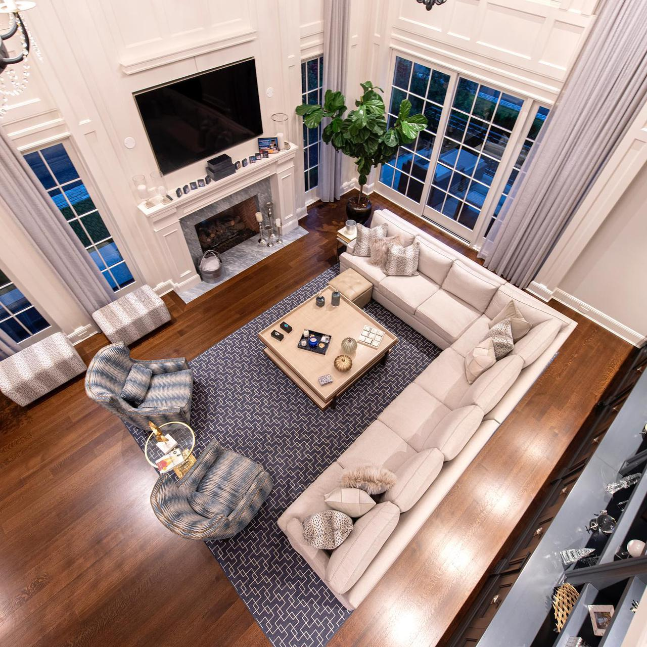 Residence in Plandome NY, family room from above