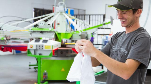 t-shirt fulfillment services in Los Angeles
