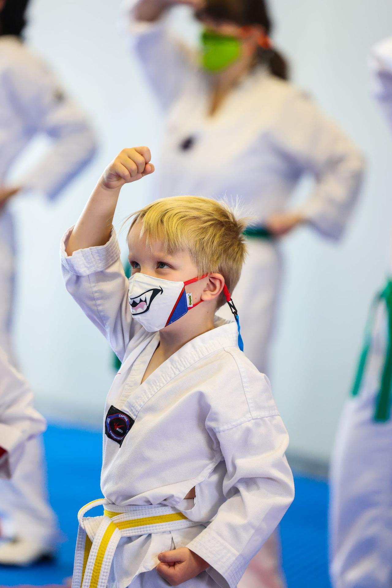 Redpx_Parent_Child_Taekwondo.jpg