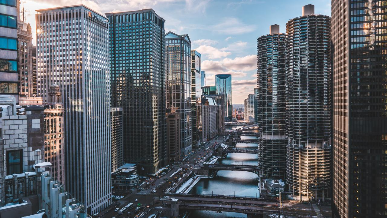 architecture-buildings-chicago-1823680.jpg