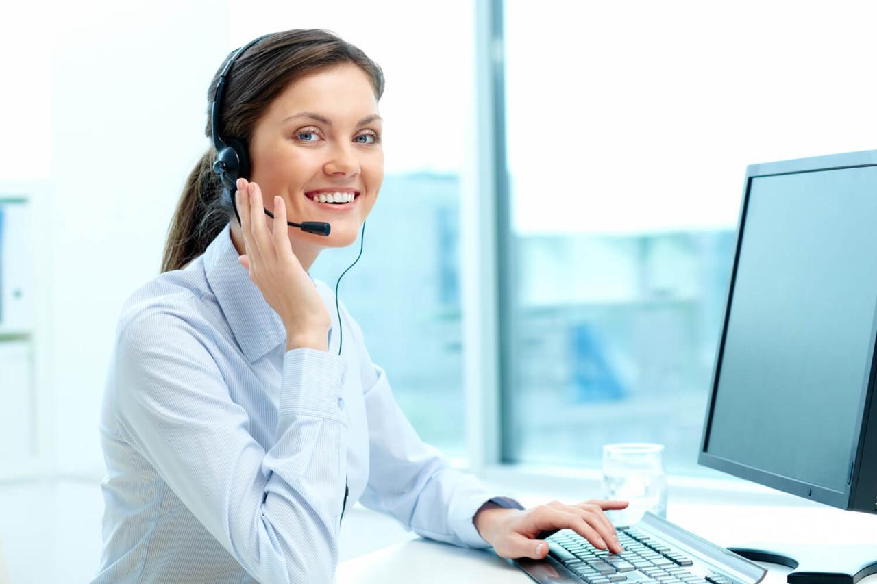 businesswoman-call-center-office (1).jpg