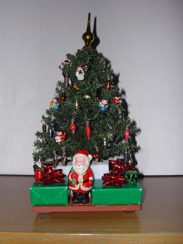 2004 christmas - 07.jpg
