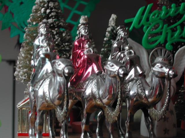 2004 christmas - 32.jpg