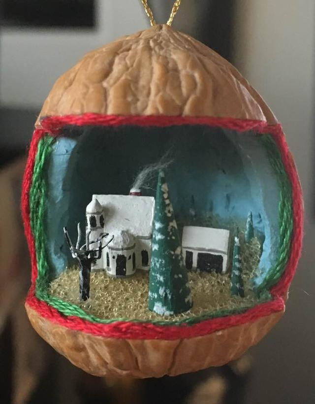 walnut xmas.jpg