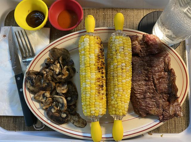 6 skirt steak & corn.jpeg