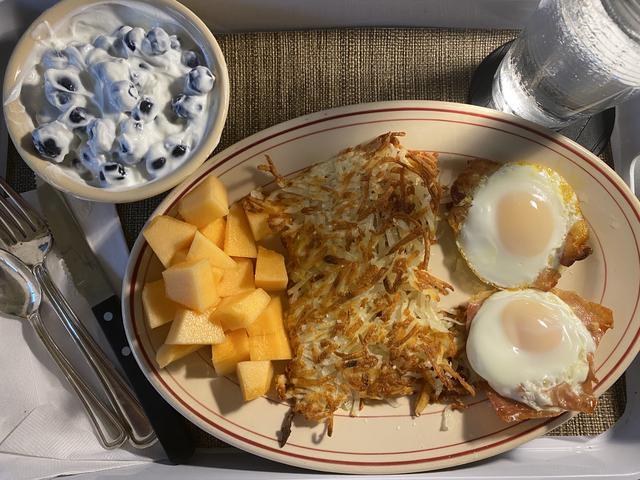 7 eggs & hash.jpeg