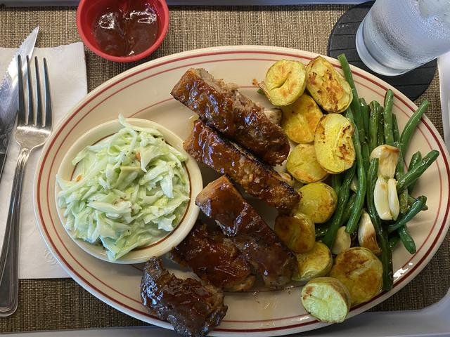 5 ribs pot green bean garlic.jpeg