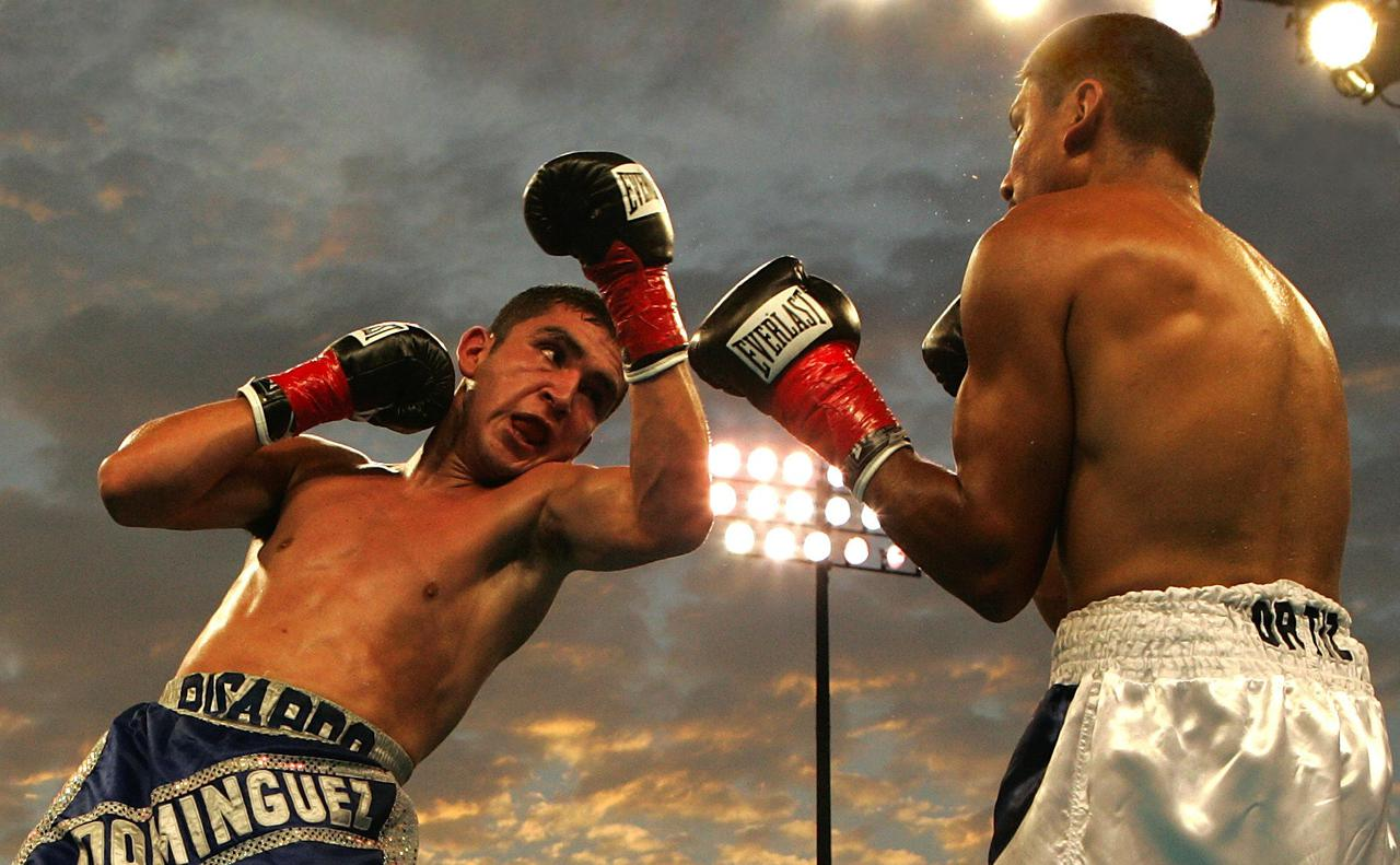 boxers-boxing-boxing-gloves-78787.jpg