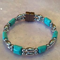 D225 Silver Bead aand Turquoise Stone.jpg