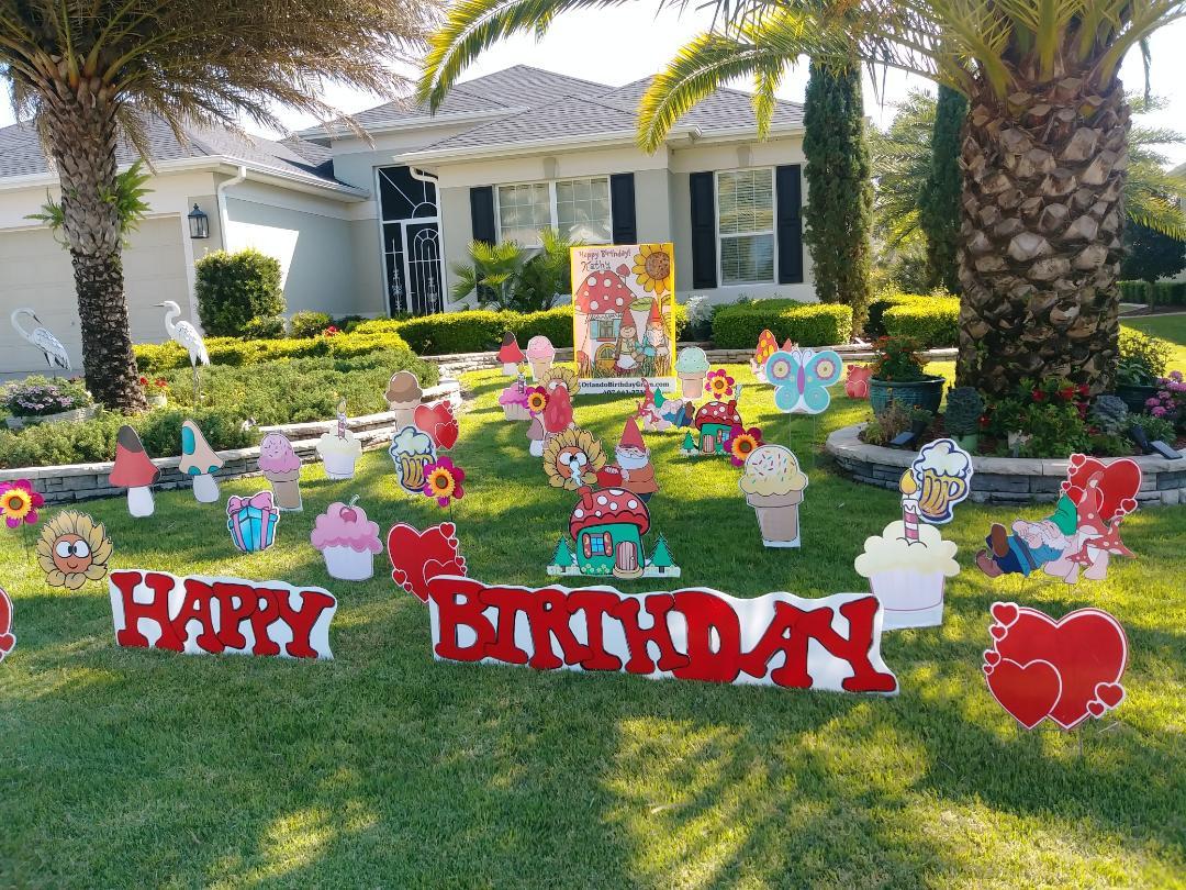 birthday gnomes.jpg