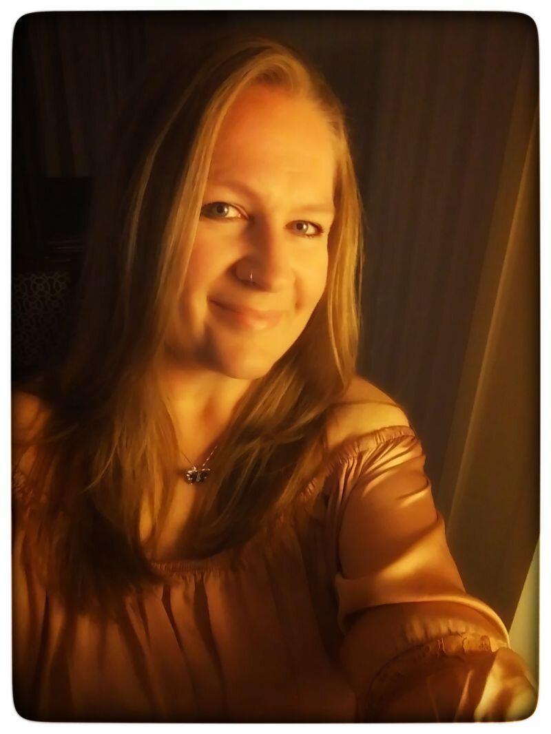 christina+bio+pic.jpg