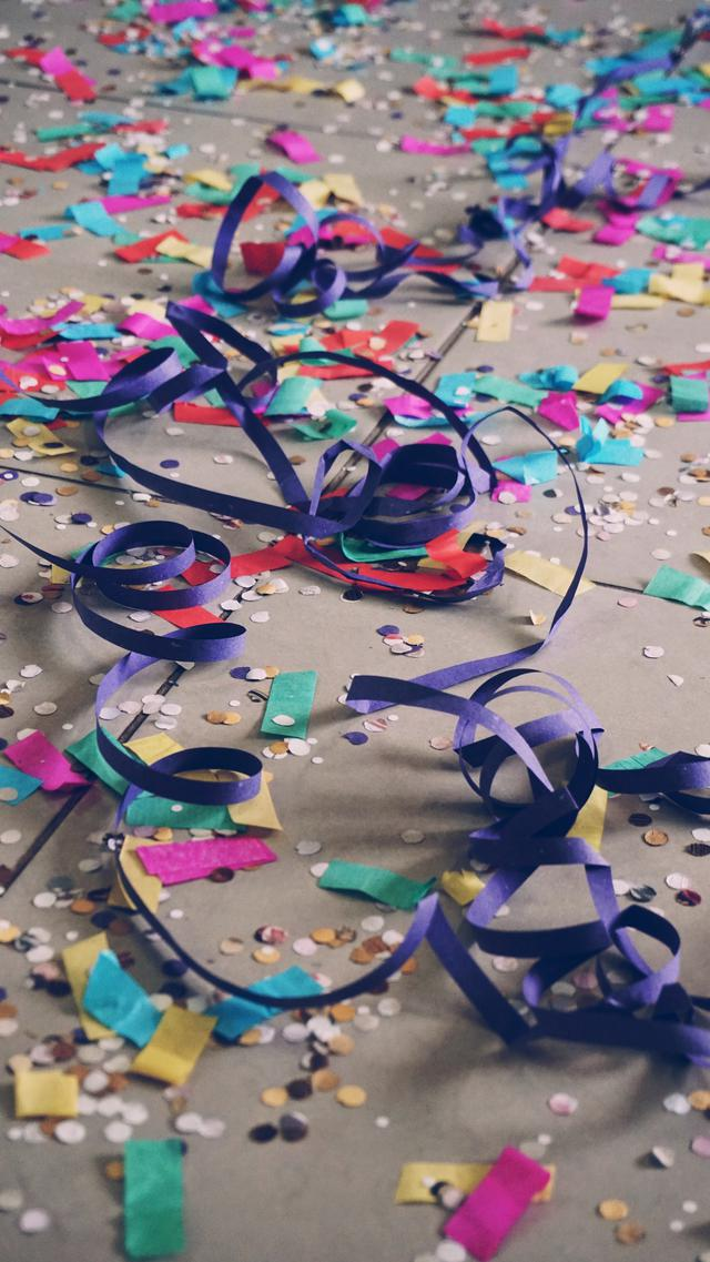 Party streamers for your party bus!