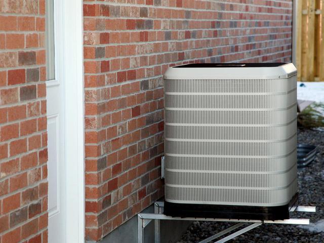 ts-87770159_heat-pump_s4x3.jpg.rend.hgtvcom.1280.960.jpg