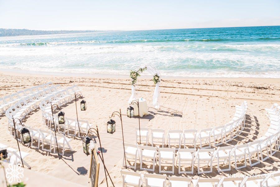 circular wedding setup on beach.jpg