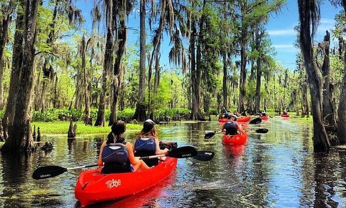 kayaking thru swamp.jpg