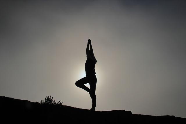 yoga-pose-1082172_960_720.jpg