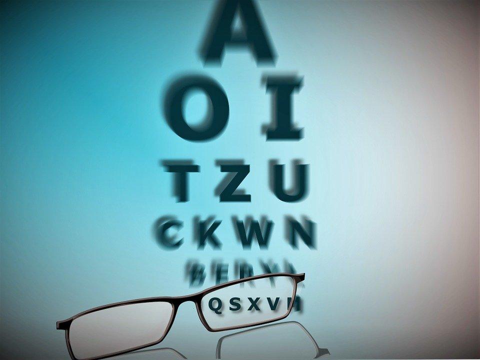 glasses-928465_960_720.jpg