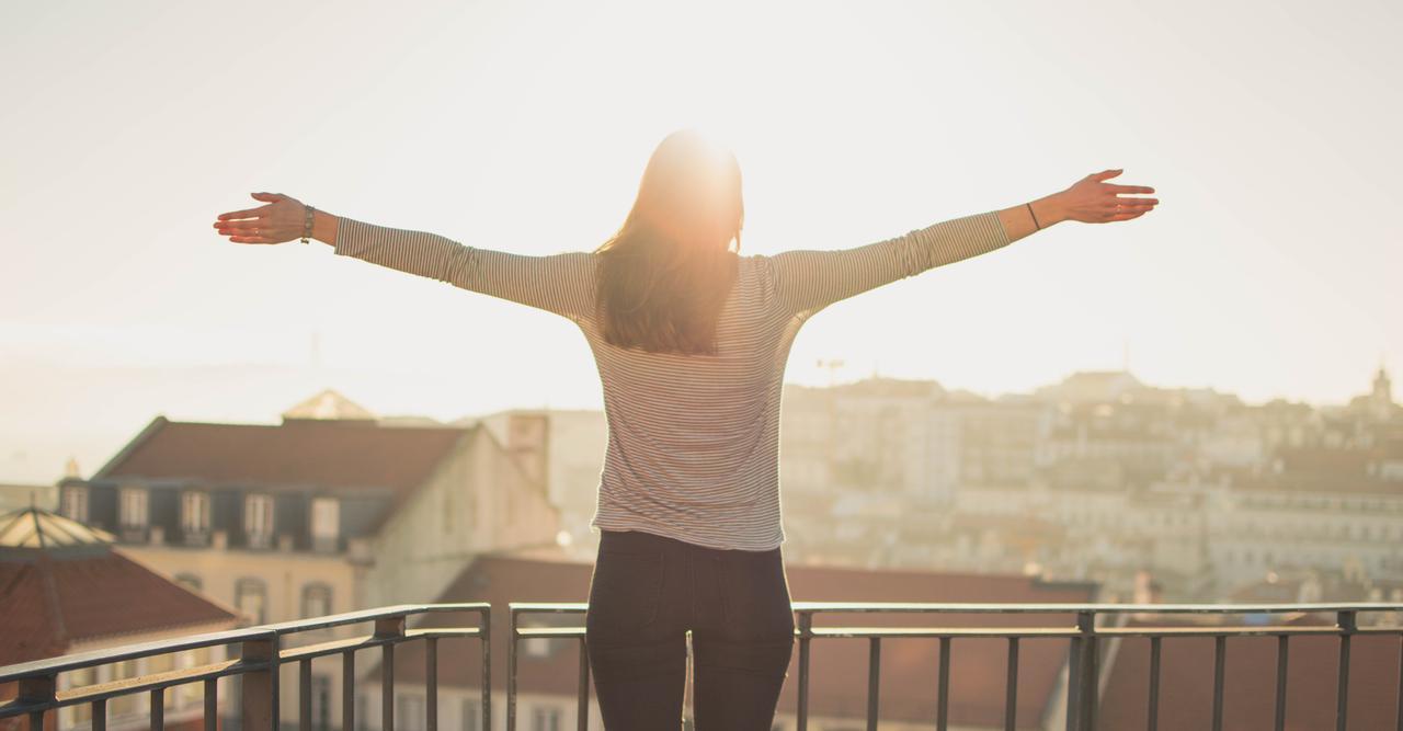 sunset sunshine travel wings