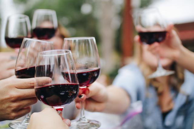 exclusively stock veteran owned vineyard wine