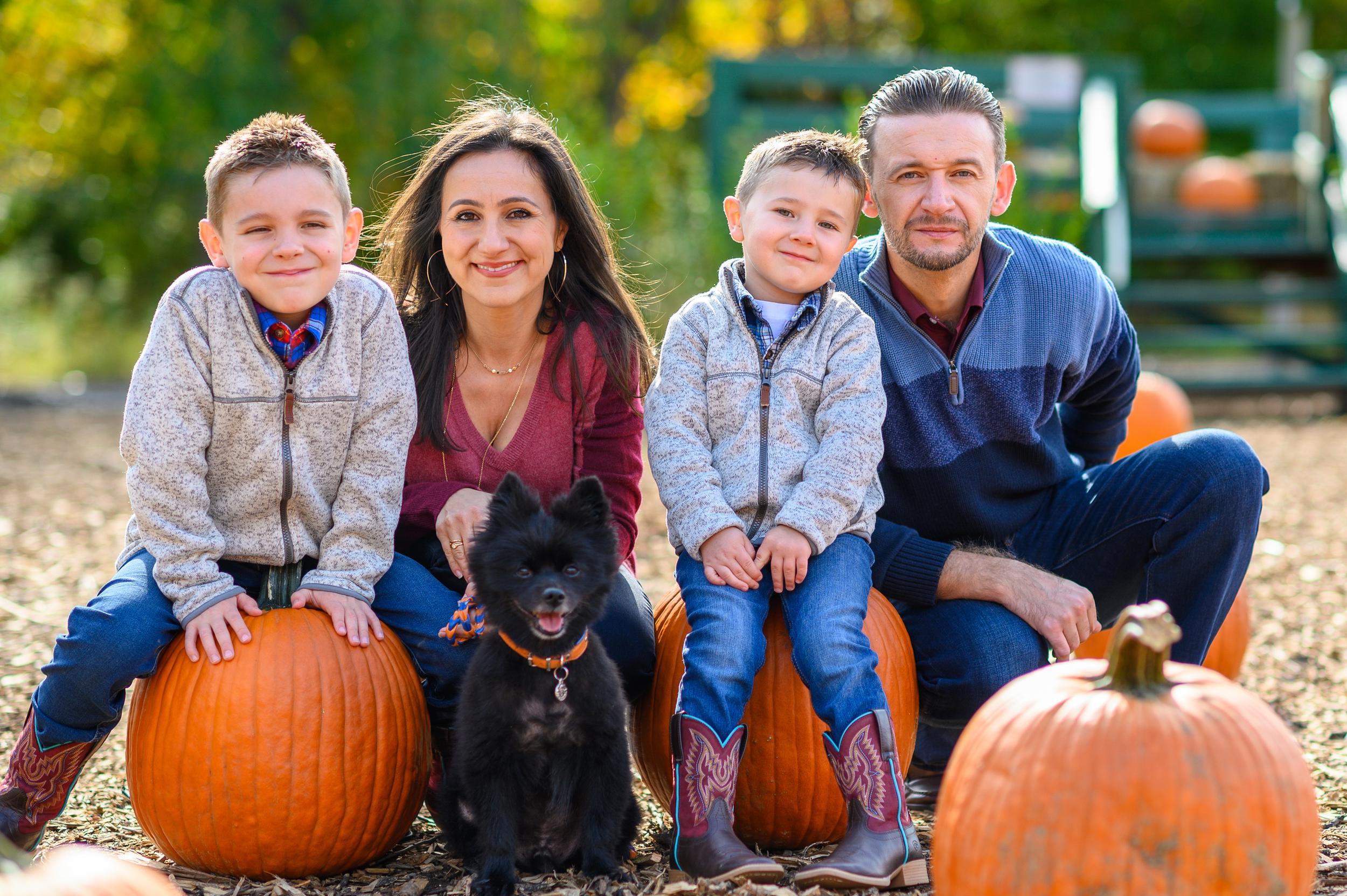 Inessa Makdulina-Nyzio and family