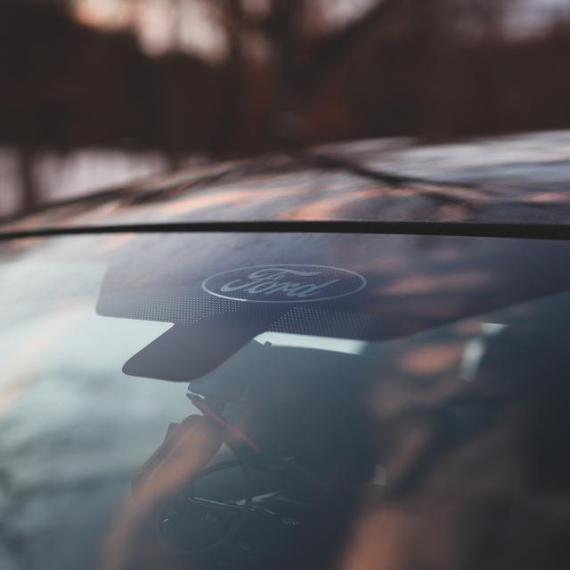 6 steps for auto glass chip repair in Detroit