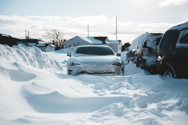 Simbol Auto Glass and Weathertech can help you prepare your vehicle for winter.