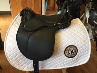 #1026-32 Leadline Saddle