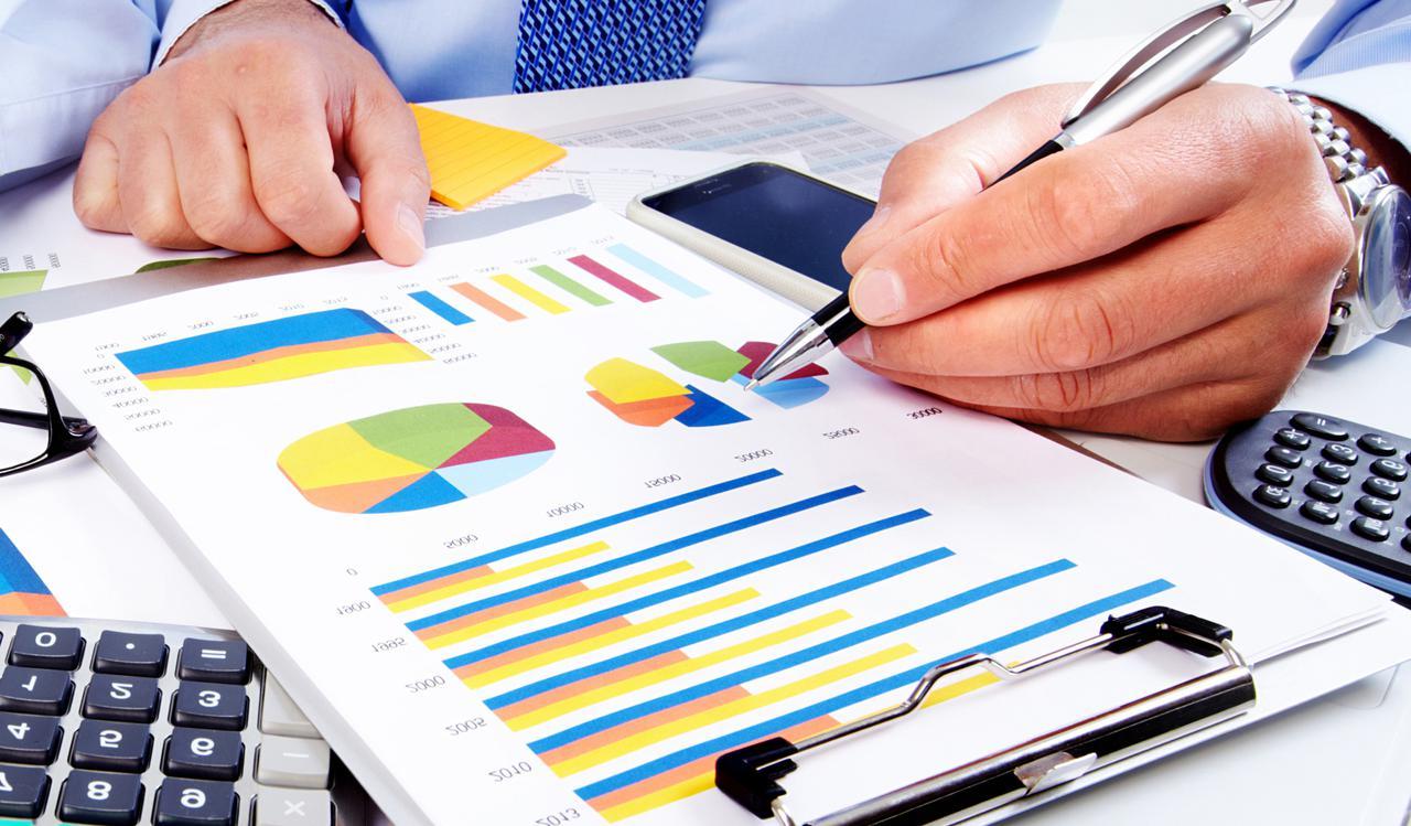 accounting & finance banner.jpg