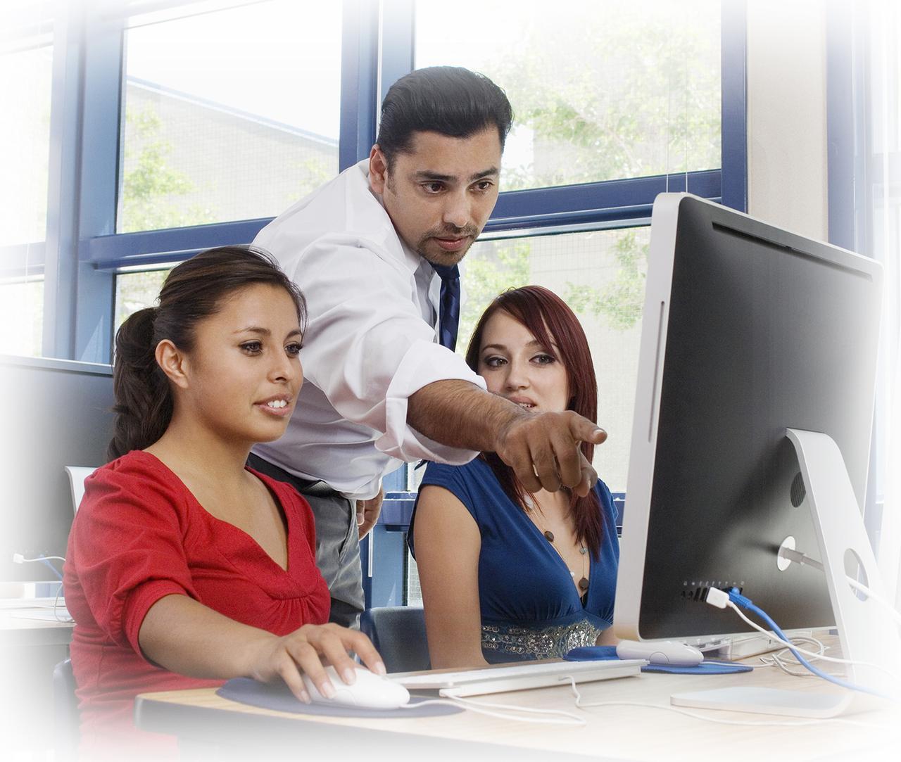 computer lab teacher & students .jpg