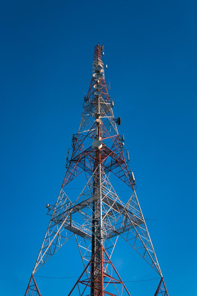 broadcast tower construction in Washington
